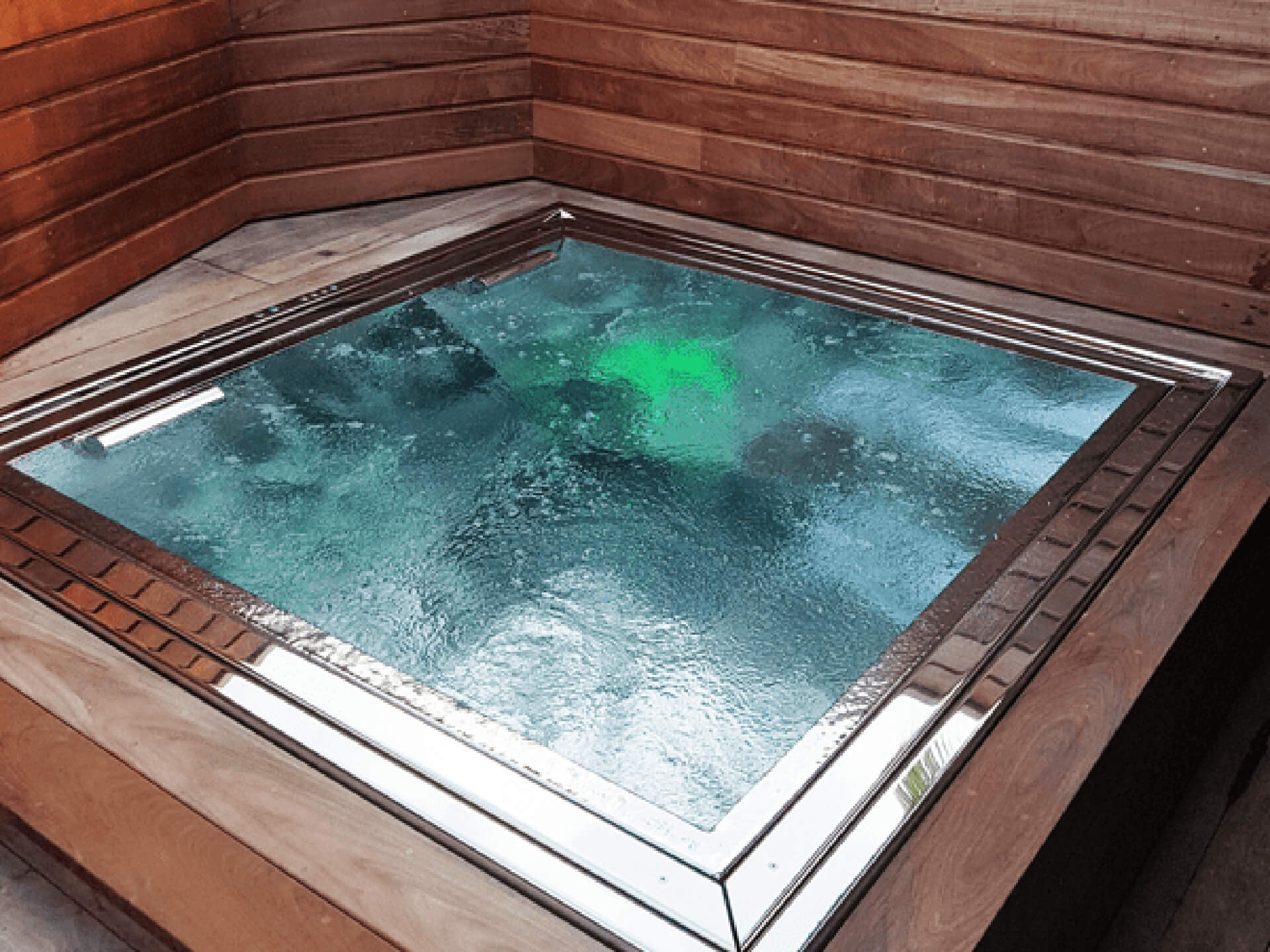Stainless steel spa, installation bain nordique storvatt, installation bain nordique, installation spa