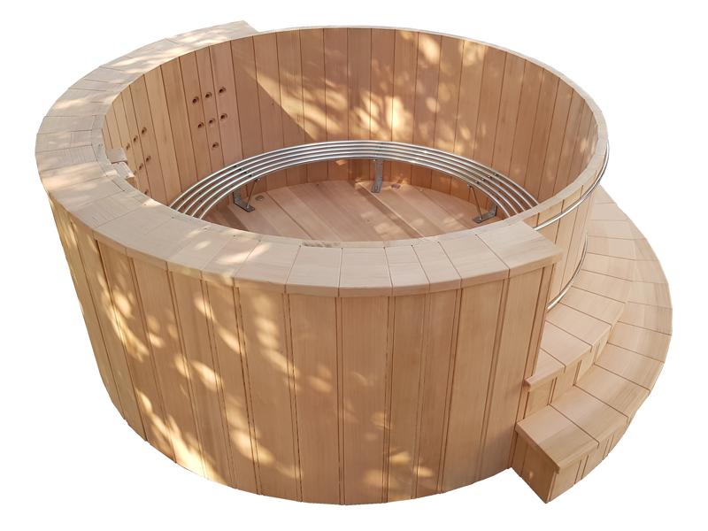 Nordic Bath In Red Cedar Wood, Ofuro, installation bain nordique storvatt, installation bain nordique, installation spa, Hot tub in red cedar wood